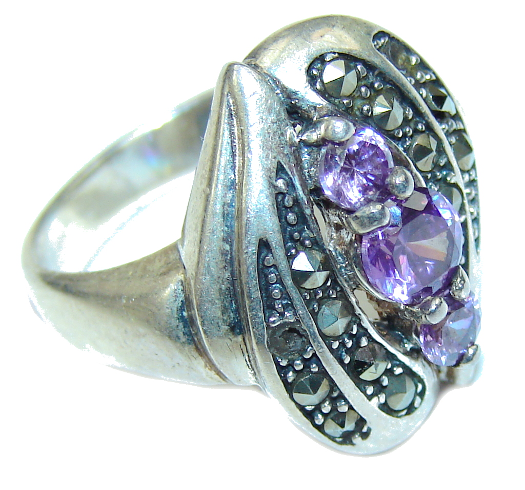 Amazing Purple Amethyst & Marcasite Sterling Silver ring s. 7