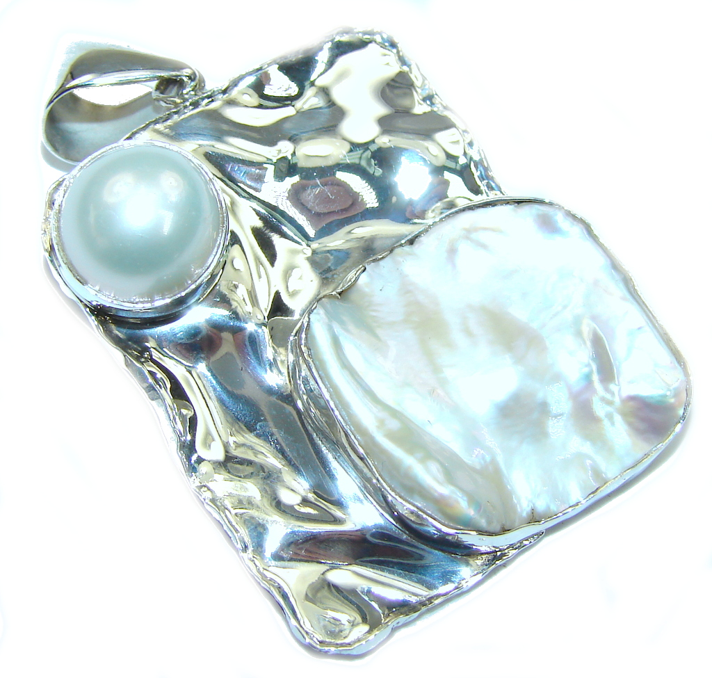 Delicate! Mother Of Pearl & Fresh Water Pearl Sterling Silver Pendant