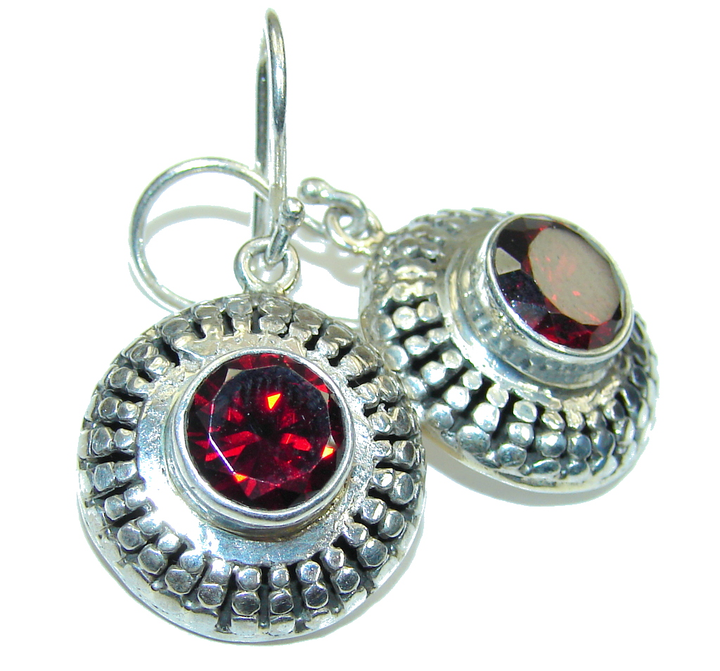 Bali Secret! Red Garnet Sterling Silver earrings