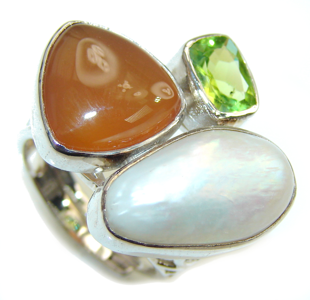 Fashion Mother Of Pearl & Carnelian & Peridot Sterling Silver Ring s. 7 - adjustable